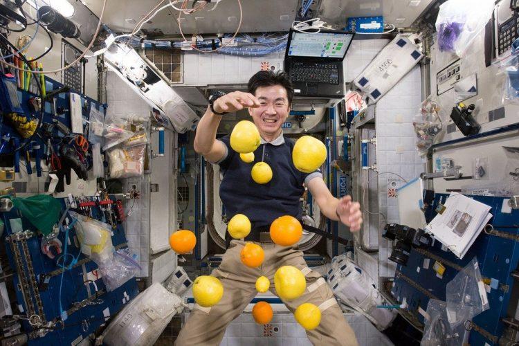 Сколько живут космонавты