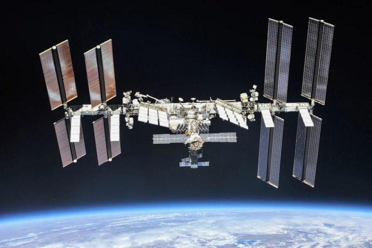 Высота полета международной космической станции
